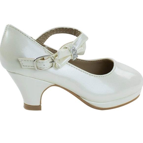girls mary jane pumps